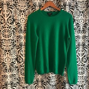 Cashmere Charter Club green sweater size medium